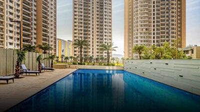 Gallery Cover Image of 1329 Sq.ft 3 BHK Apartment for buy in Runwal The Central Park, Chinchwad for 10000000