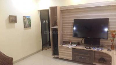 Gallery Cover Image of 920 Sq.ft 2 BHK Apartment for rent in Yashodham Complex, Goregaon East for 40000