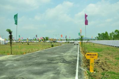 Gallery Cover Image of  Sq.ft Residential Plot for buy in Tambaram for 2791800