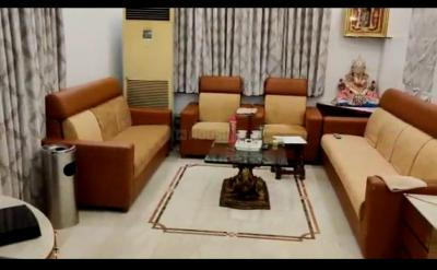Gallery Cover Image of 3000 Sq.ft 5 BHK Villa for buy in Sadashiv Peth for 50000000