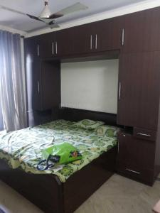 Gallery Cover Image of 500 Sq.ft 1 BHK Independent Floor for rent in Lajpat Nagar for 15000