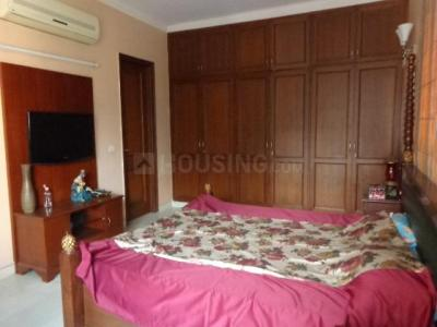 Gallery Cover Image of 2500 Sq.ft 3 BHK Independent Floor for rent in Lajpat Nagar for 100000