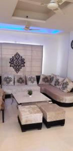 Gallery Cover Image of 1350 Sq.ft 3 BHK Apartment for buy in Sector 49 for 5000000
