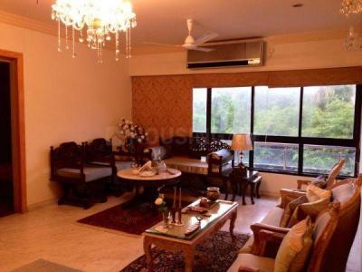Gallery Cover Image of 1500 Sq.ft 3 BHK Apartment for buy in Shadaab Tower, Bandra West for 52000000