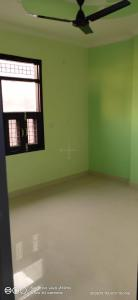 Gallery Cover Image of 700 Sq.ft 2 BHK Apartment for rent in Dwarka Mor for 10000
