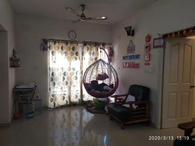 Gallery Cover Image of 900 Sq.ft 2 BHK Apartment for rent in Temple Waves, Thandalam for 8500