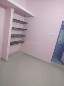 Gallery Cover Image of 1000 Sq.ft 1 RK Independent House for rent in Venkat Moulivakkam Flats, Madhanandapuram for 4000
