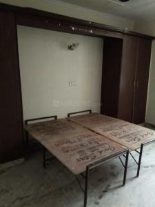 Gallery Cover Image of 900 Sq.ft 2 BHK Independent Floor for rent in Mukherjee Nagar for 18999