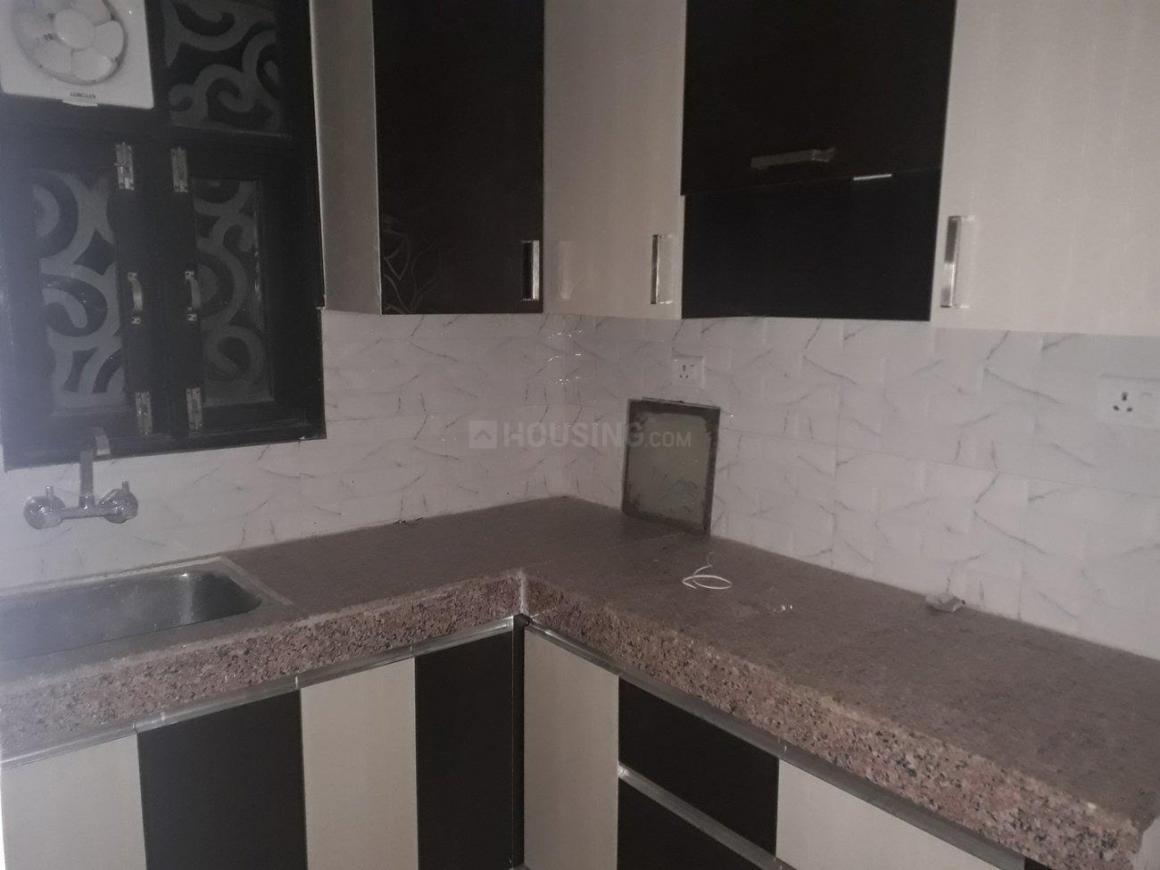 Kitchen Image of 925 Sq.ft 2 BHK Apartment for rent in Surajpur for 9000