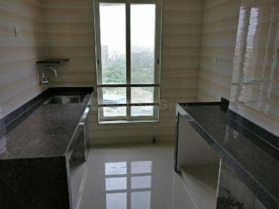 Gallery Cover Image of 600 Sq.ft 1 BHK Apartment for rent in Kandivali West for 20000