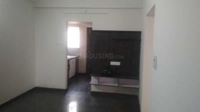 Gallery Cover Image of 600 Sq.ft 2 BHK Apartment for rent in R. T. Nagar for 18000