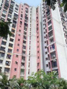 Gallery Cover Image of 1150 Sq.ft 3 BHK Apartment for rent in Malad West for 40000