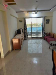 Gallery Cover Image of 1380 Sq.ft 3 BHK Apartment for rent in Platinum Galaxy, Vasai West for 20000