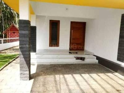 Gallery Cover Image of 1650 Sq.ft 3 BHK Independent House for buy in Maruthayoor for 4770000
