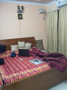 Gallery Cover Image of 250 Sq.ft 1 RK Apartment for rent in Sarita Vihar for 14000