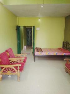 Gallery Cover Image of 1000 Sq.ft 2 BHK Independent House for rent in Chochi for 18000