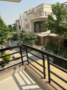 Gallery Cover Image of 2650 Sq.ft 4 BHK Villa for buy in Sola Village for 27000000