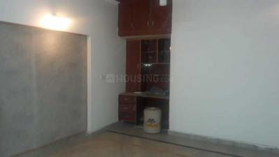 Gallery Cover Image of 650 Sq.ft 2 BHK Independent House for rent in Eta 1 Greater Noida for 8000