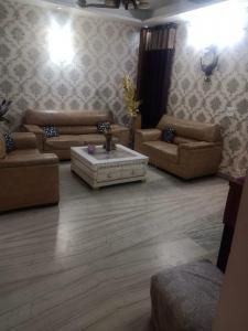 Gallery Cover Image of 1783 Sq.ft 3 BHK Independent Floor for buy in Vasundhara for 8251000