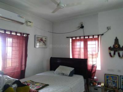 Gallery Cover Image of 1400 Sq.ft 3 BHK Apartment for buy in Perungudi for 9000000