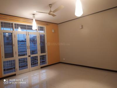 Gallery Cover Image of 2000 Sq.ft 3 BHK Apartment for rent in Indira Nagar for 60000