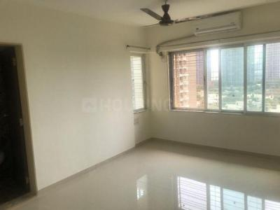 Gallery Cover Image of 585 Sq.ft 1 BHK Apartment for rent in Goregaon East for 25000