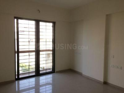 Gallery Cover Image of 1360 Sq.ft 3 BHK Apartment for buy in Ghatkopar West for 25300000