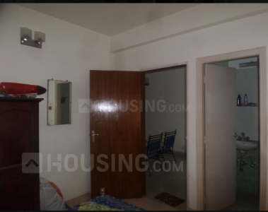 Gallery Cover Image of 900 Sq.ft 2 BHK Apartment for rent in Kalighat for 32000