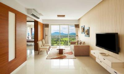 Gallery Cover Image of 608 Sq.ft 2 BHK Apartment for buy in Marathon Nexzone Triton 1, Panvel for 6800000