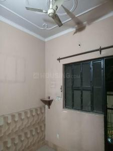 Gallery Cover Image of 650 Sq.ft 1 BHK Independent Floor for rent in Mahavir Enclave for 7000