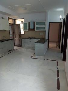 Gallery Cover Image of 2100 Sq.ft 4 BHK Apartment for rent in Sector 24 Dwarka for 38000