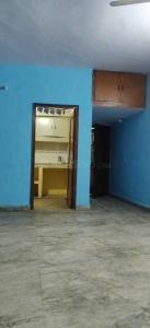 Gallery Cover Image of 700 Sq.ft 2 BHK Independent Floor for rent in Shakarpur Khas for 12500