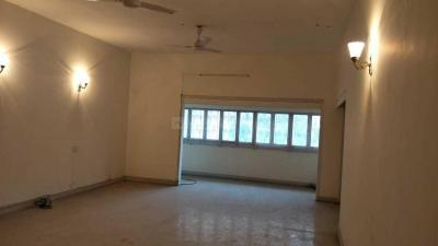 Gallery Cover Image of 1450 Sq.ft 2 BHK Apartment for rent in Ballygunge for 50000