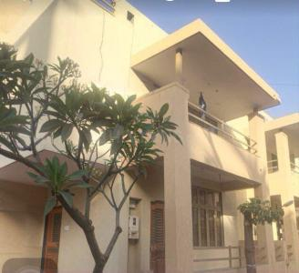 Gallery Cover Image of 3000 Sq.ft 4 BHK Independent House for buy in Motera for 25500000