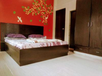 Gallery Cover Image of 1100 Sq.ft 2 BHK Apartment for rent in Mahim for 60000