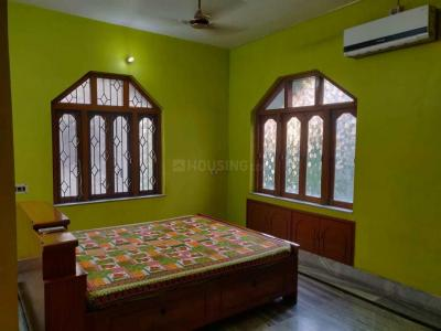 Bedroom Image of Golani PG in Gariahat