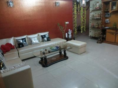 Gallery Cover Image of 1450 Sq.ft 2 BHK Apartment for rent in Parshvnath Majestic Arcade, Vaibhav Khand for 18000