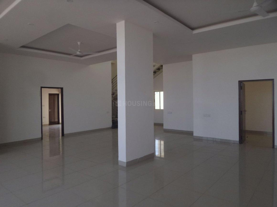 Living Room Image of 5805 Sq.ft 4 BHK Apartment for rent in Hennur for 120000