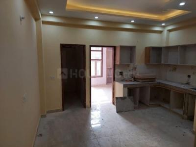 Gallery Cover Image of 600 Sq.ft 2 BHK Independent Floor for buy in Sector 105 for 2450000
