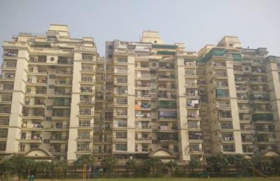 Gallery Cover Image of 1200 Sq.ft 2 BHK Apartment for rent in Shipra Krishna Vista, Ahinsa Khand for 16000
