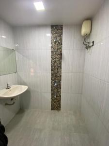 Bathroom Image of Thepgwala.com in Kopar Khairane