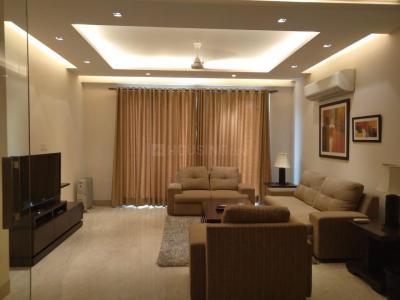 Gallery Cover Image of 2000 Sq.ft 3 BHK Apartment for rent in RWA Saket Block G, Saket for 90000