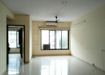Gallery Cover Image of 710 Sq.ft 1 BHK Apartment for rent in Prabhadevi for 45000