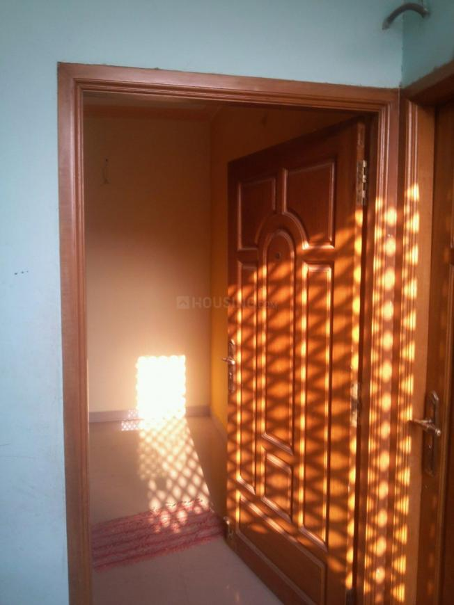Main Entrance Image of 800 Sq.ft 2 BHK Independent House for rent in Chromepet for 12000
