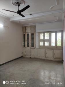 Gallery Cover Image of 700 Sq.ft 1 BHK Apartment for rent in Sarita Vihar for 15500