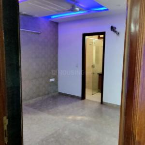 Gallery Cover Image of 900 Sq.ft 3 BHK Apartment for buy in Ru DDA MIG FLAT, Pitampura for 10000000
