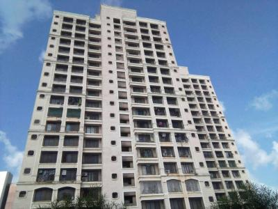 Gallery Cover Image of 1650 Sq.ft 3 BHK Apartment for buy in Malad West for 32500000
