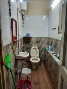Common Bathroom Image of One in Rajinder Nagar