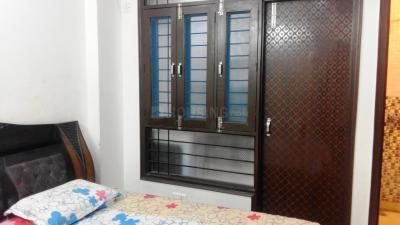 Gallery Cover Image of 1800 Sq.ft 3 BHK Independent Floor for rent in Abhay Khand for 15000