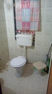 Bathroom Image of Sharing Accommodation Available For Boy Near Khar Railway Station in Khar West